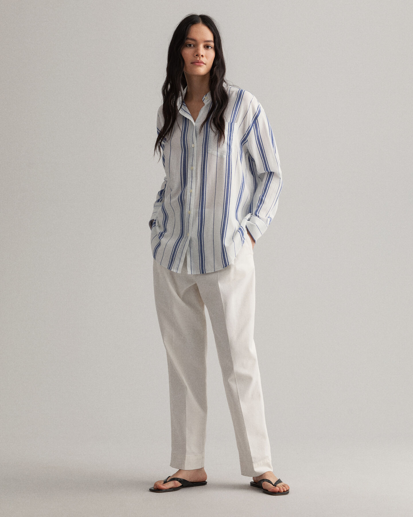 Relaxed fit crepe-skjorte